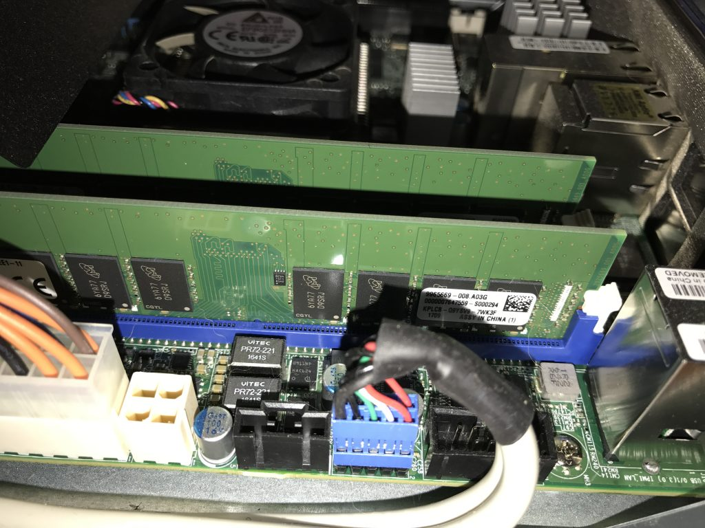Inside small Supermicro Home Lab Server